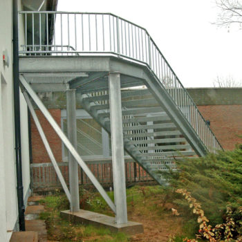 Gebäudetreppe